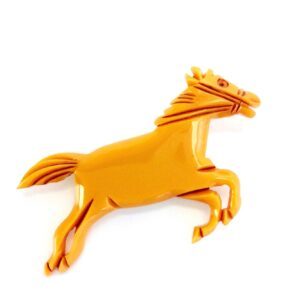 GH434. BUTTERSCOTCH brooch 1