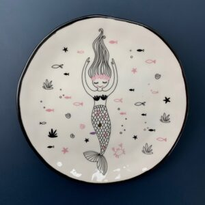 GH513 Round mermaid dish 2